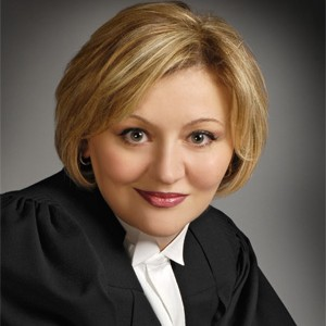 Olga Kanevsky , Toronto lawyer - Personal Injury, Real Estate, Public Notary